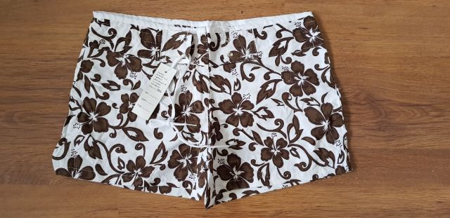 32060 - STOCK GIRL SHORTS Europe