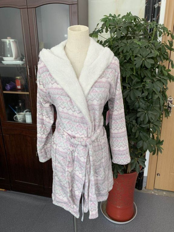 32735 - Ladies bathrobe stock China