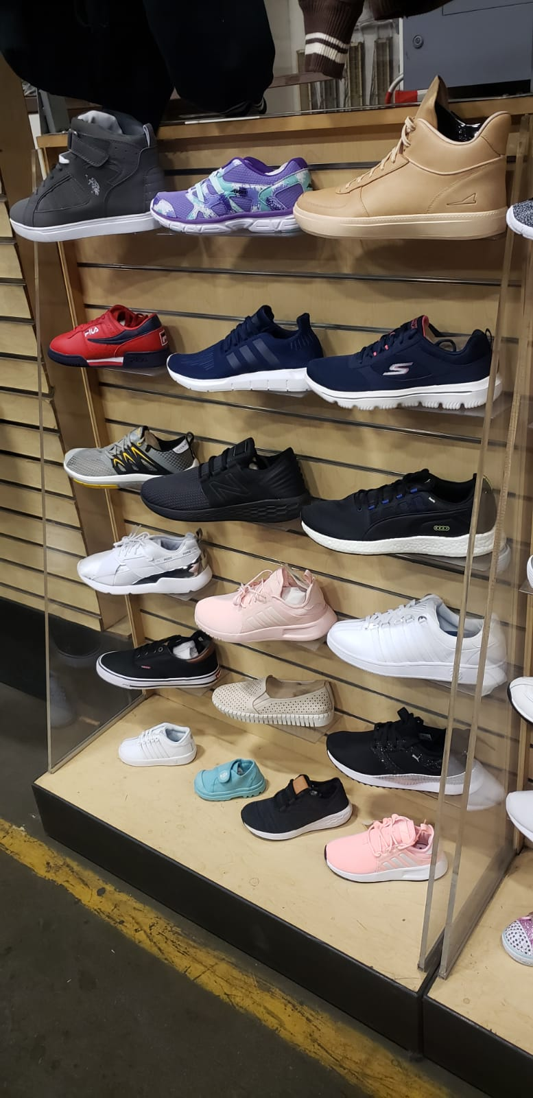 40315 - ALL NEW Sport Shoe Mix USA